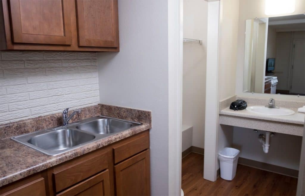 Dual Compartment Sinks